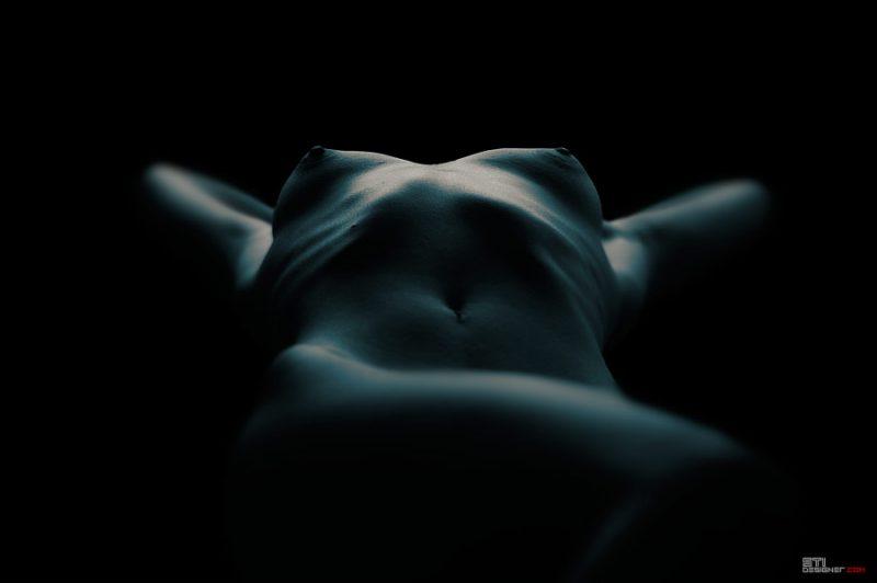 Светослав Иванов - Лицето на женското тяло, монохрона фотография