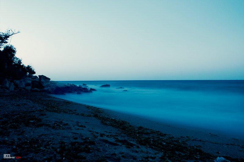 Южен плаж Галата нощна снимкафотография Светослав Иванов