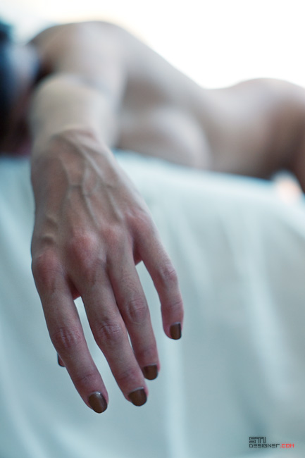 Светослав Иванов - Утринно синьо II фотография на голо тяло