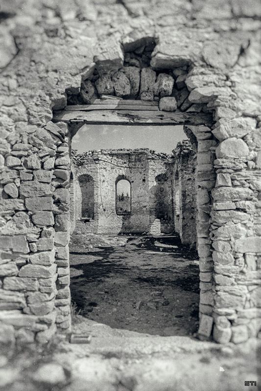 черно бяла фотография-ретуш