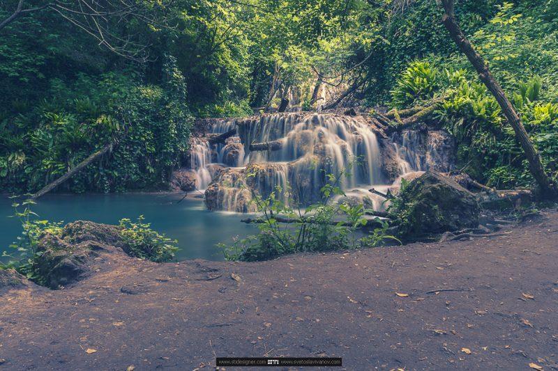 Каскадата над Омагьосаното езеро на Крушунските Водопади в село Крушуна