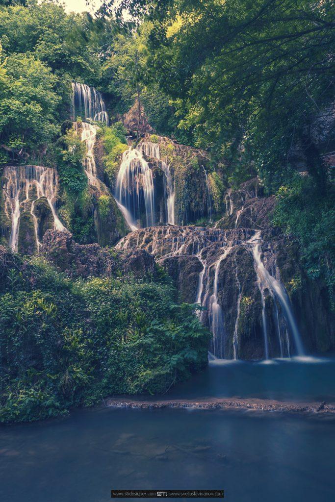 Голямата каскада на Крушунските Водопади в село Крушуна